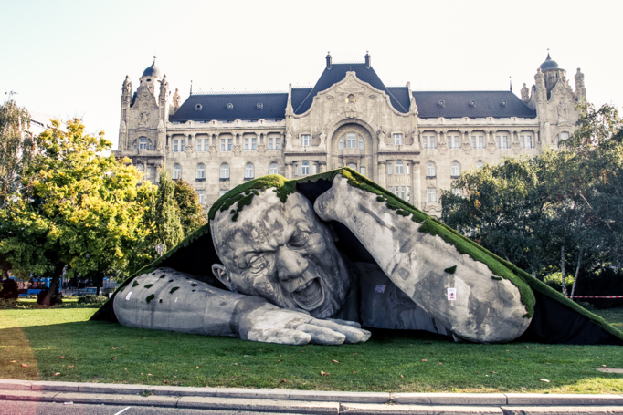 Gigantic Statue Rises Out of the Ground in Budapest Public Square