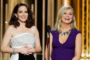 Tina Fey and Amy Poehler Didn't Shy Away From Anybody at the 2015 Golden Globes