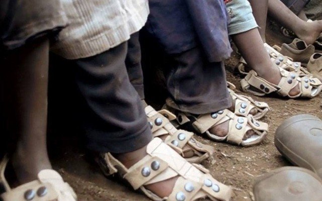 This Man Created a Miracle Shoe for Poor Children That Grows Five Sizes