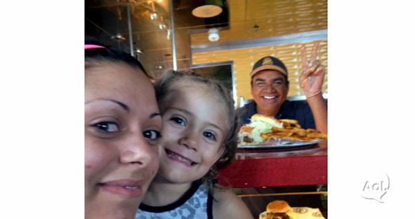 george-lopez-selfie-burger