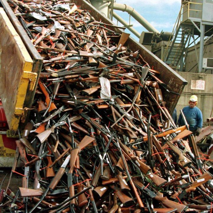 http://buzzworthy.s3.amazonaws.com/wp-content/uploads/2015/11/gun-violence-5.jpg