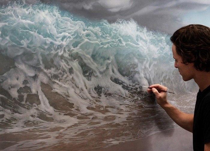 Joel in Studio WEB Painting Wave