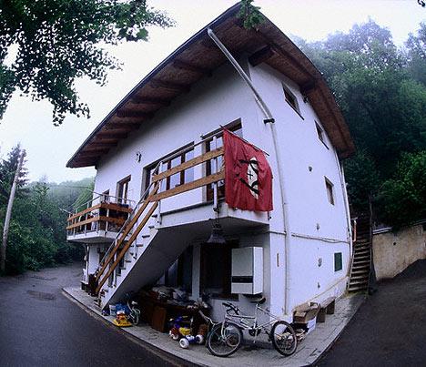 housetempleDM2111_468x403