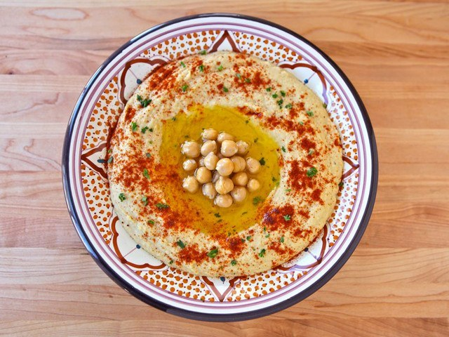 Chickpeas for Peace! Restaurant Gives Discounts to Arabs and Jews Eating Together