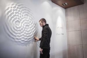 Artist Transforms Gallery Walls Into Liquid Sculptures