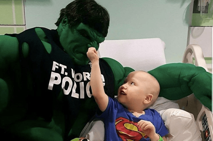 This Cop Found an Awesome Way to Support Kids Fighting Cancer